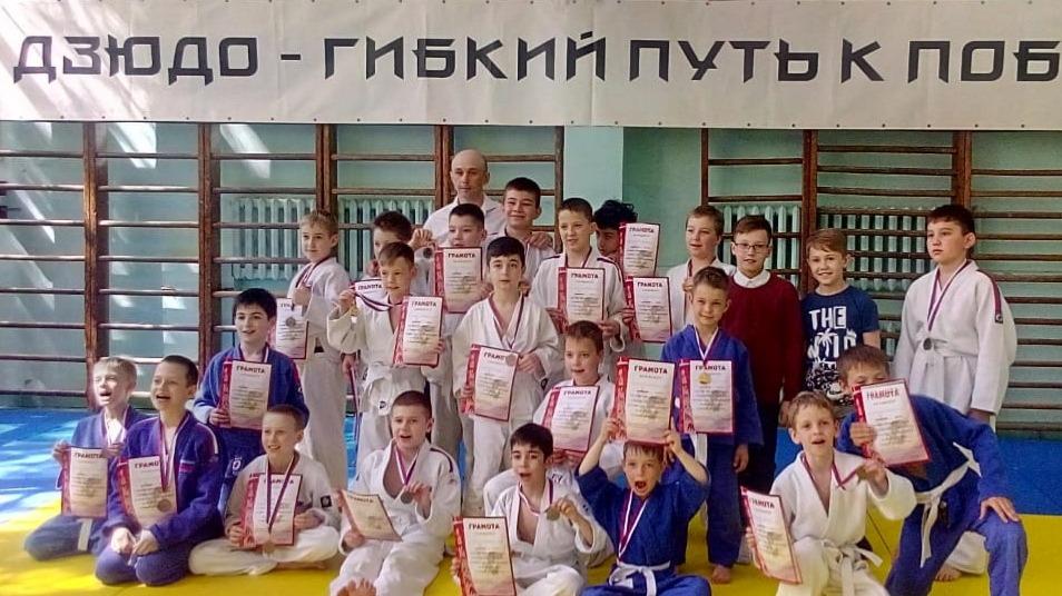 zhukovskiy_dzyudo_sorevnovaniya_po_dzyudo_borba_1.jpg